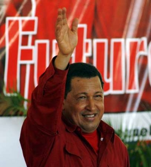 Chavecito waving