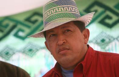 Hugo Chavez in a Zulia hat