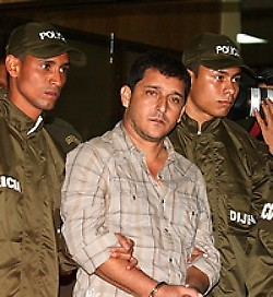 Hebert Veloza, alias HH, in the hands of Colombian federal police