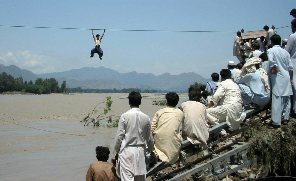 pakistani-river-crossing.jpg