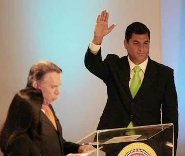 Rafael Correa makes his grand entrance on the political stage