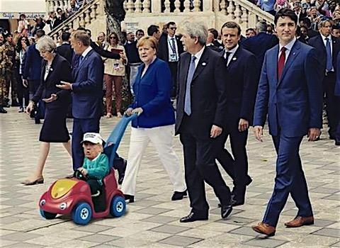 drumpf-kiddycart.jpg