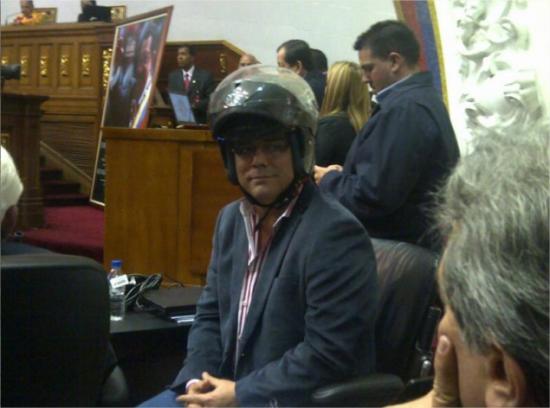 marquina-helmet